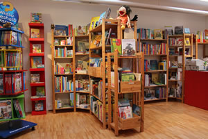 Jugendbuchladen innen